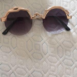 Like brand new sunglasses from ilovespitfire